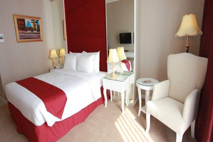 Rich Palace Hotel Surabaya - Kamar tamu