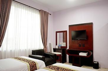 Griya Hotel Medan - KAMAR DELUXE