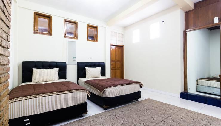 PELE Backpacker Guesthouse Bandung - Family room