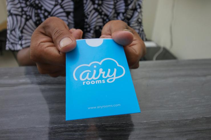 Airy Raya Banjar Indah Permai Green Residence 4 Banjarmasin - Receptionist