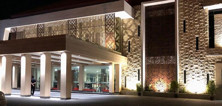 Hotel Sinar 1 Surabaya - Hotel Exterior