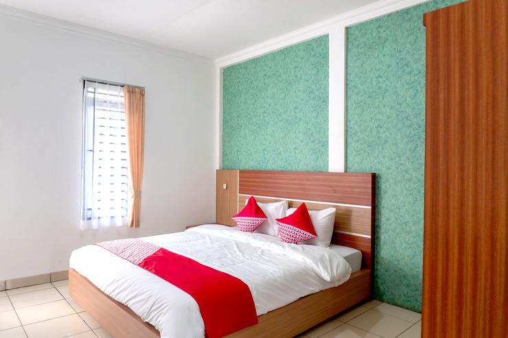 OYO 617 Sukaraja Residence Syariah Bandung - Bedroom Su/D