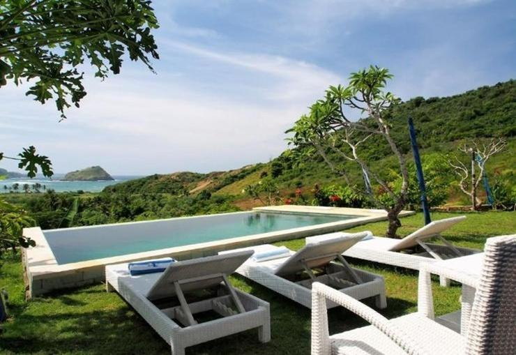Blue Monkey Villas Areguling Lombok - Pool