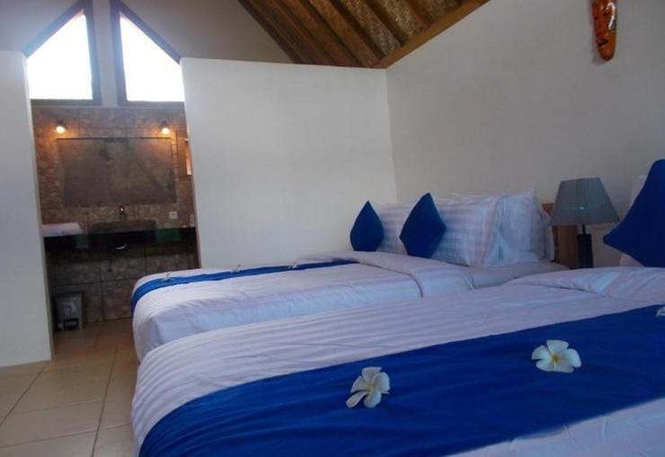 Blue Monkey Villas Areguling Lombok - Room