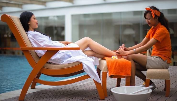 HARRIS Hotel and Conventions Denpasar Bali - Reflexology