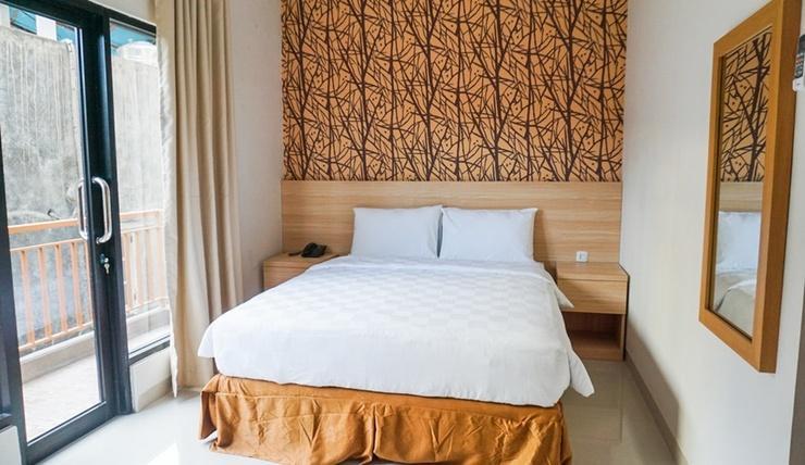 Bahu Bay Residence Manado - Room