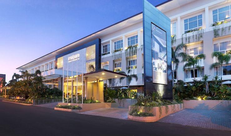Eastparc Hotel Yogyakarta - Featured Image