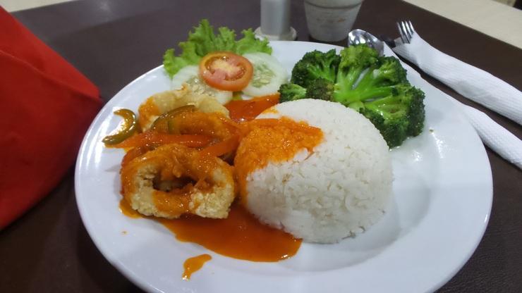 Hotel EFA Banjarmasin - Makanan