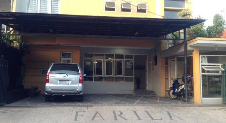 Farila Guest House Surabaya - Tampilan Luar Hotel