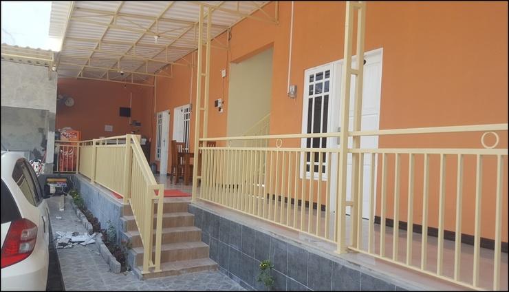 Hotel Wood 7296 Semarang -  exterior