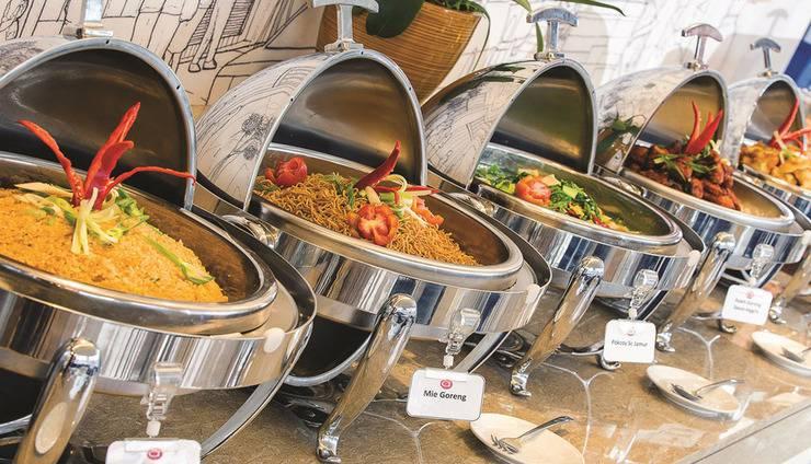 Amaris Hotel Bintoro Surabaya - Buffet