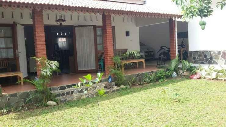 Tanameera Guest House Bogor - Facade
