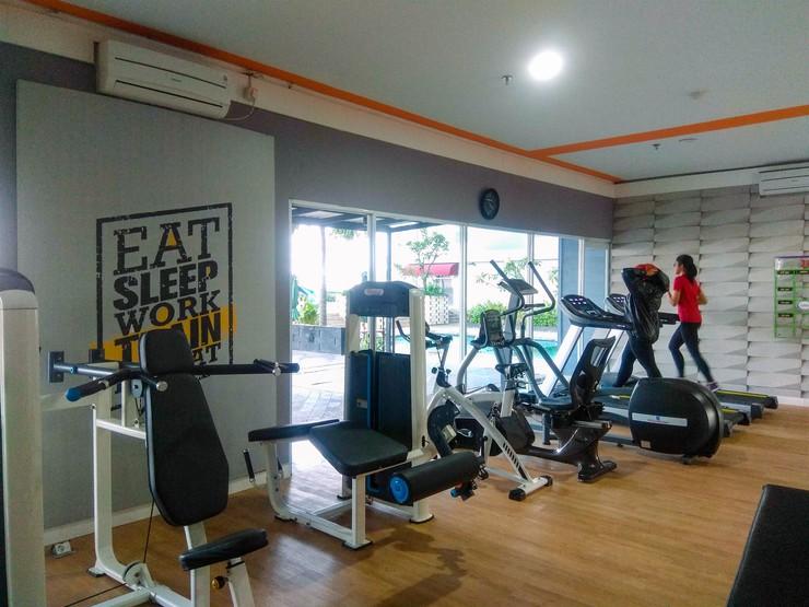 Pool View Grand Dhika City Studio Apartment By Travelio Bekasi - Pusat kebugaran