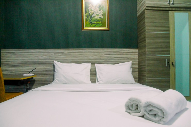 Pool View Grand Dhika City Studio Apartment By Travelio Bekasi - Kamar tidur