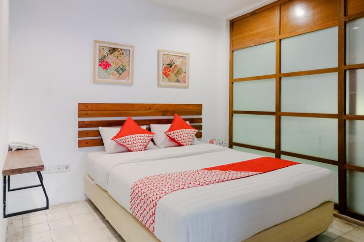 OYO 626 Augustina Home Malang - Guestroom