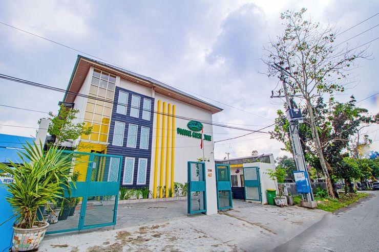 Vosstel Guest House Medan - Facade