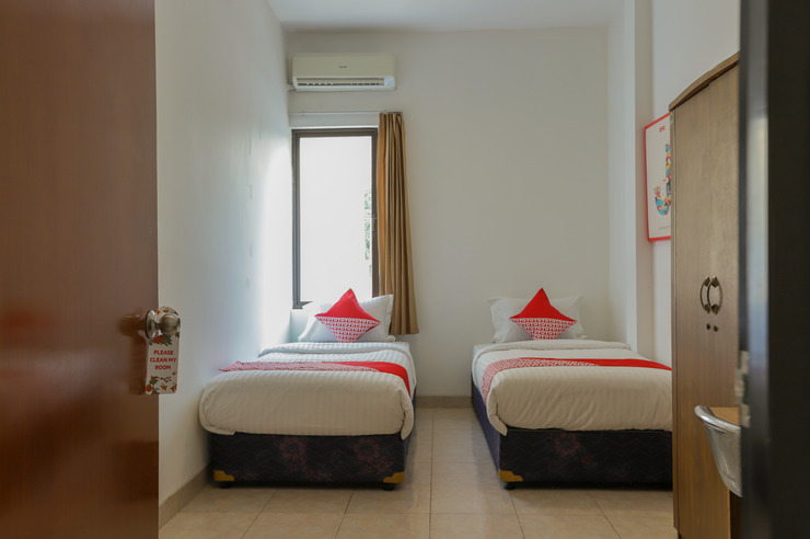 OYO 866 Idola Residence Jakarta - Bed Room
