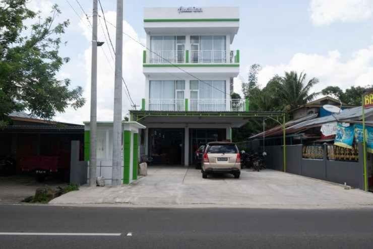 Audi Inn Belitung Belitung - Facade