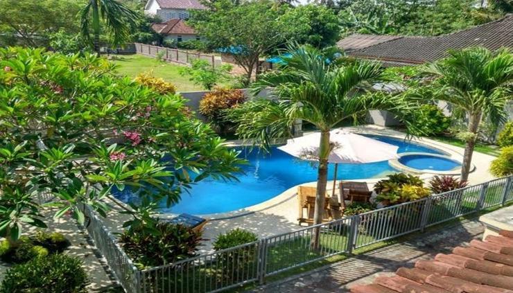 Sari Inn Lombok - pool