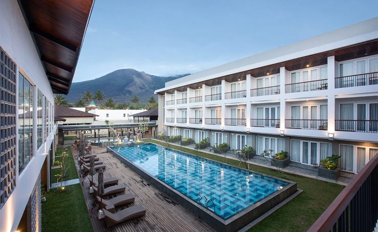 Hotel Santika Garut Garut - Swimming Pool