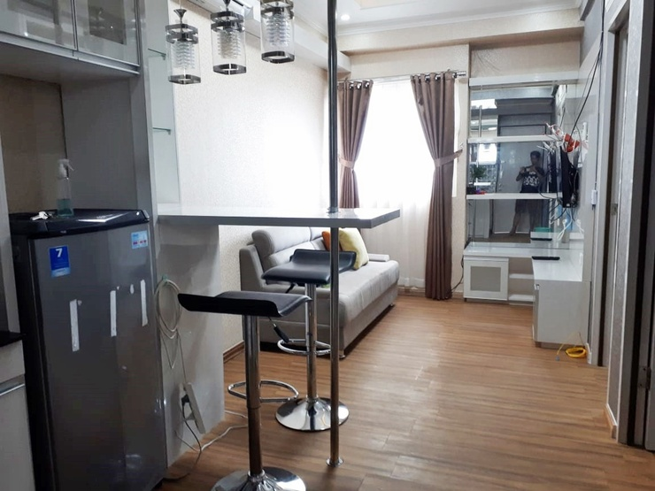 The Suites Metro Apartment By Fazar Bandung - family room
