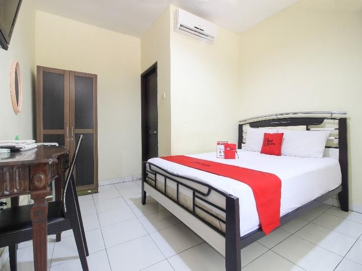 RedDoorz near RS Sarjito Yogyakarta 2 Yogyakarta - Guestroom
