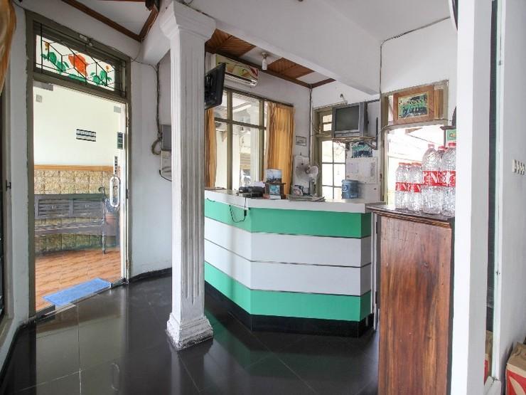 RedDoorz near RS Sarjito Yogyakarta 2 Yogyakarta - Interior