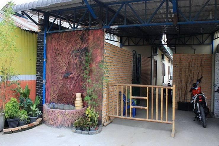 Amelia Guest House Medan - Area parkir