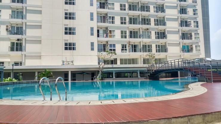 Casa De Parco Apartment By Travelio Tangerang Selatan - Kolam renang