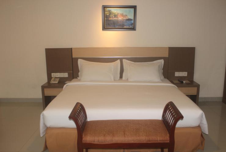 Hotel Manise Ambon - room