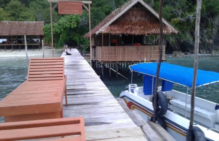 Review Hotel Best Raja Ampat Cottage (Papua Barat)