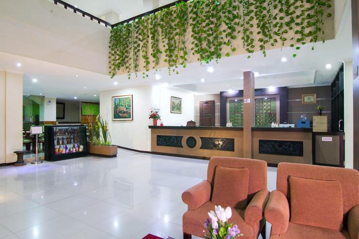 Hotel Griya Dharma Kusuma Bojonegoro - loby