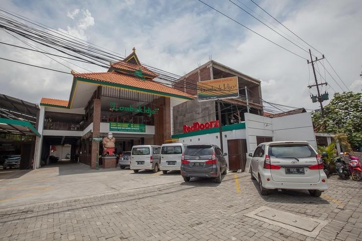 Reddoorz @ Kertajaya Surabaya Surabaya - Exterior