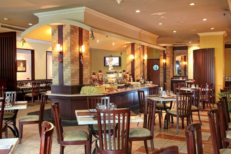 Hotel Grand Zuri Pekanbaru - Lounge