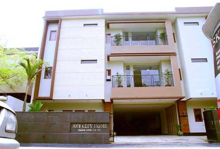 Sky City Home Guest House Bandung - 1