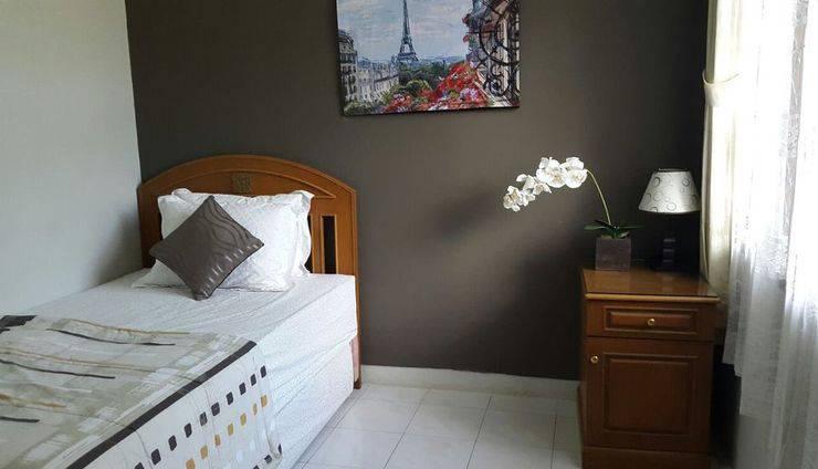 Griya Dharmala Guest House Bandar Lampung - twin bed