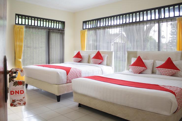 OYO 209 Permata Hati Resort & Organic Farm Cisarua - Bedroom