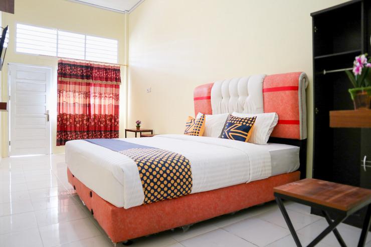 OYO 2274 Wisma Padati Syariah Padang Pariaman - Bedroom
