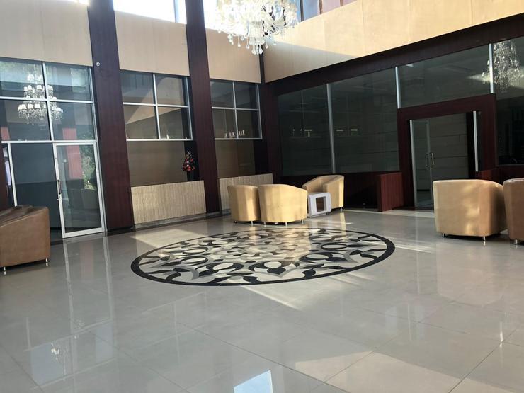 Azizah Syariah Hotel & Convention Kendari Kendari -