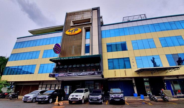 MP Hotel Kelapa Gading Jakarta - Exterior Building