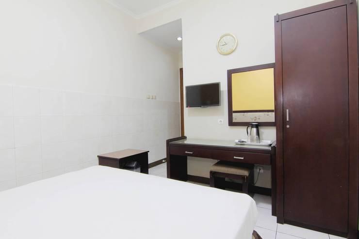 Hotel Palem Bandung - bedroom