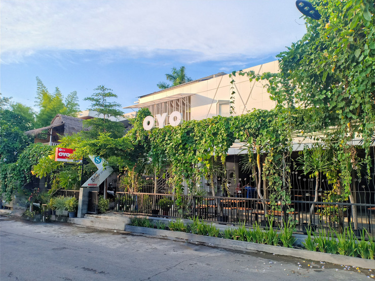 OYO 2510 Selasar Senggigi Guesthouse Lombok - Face
