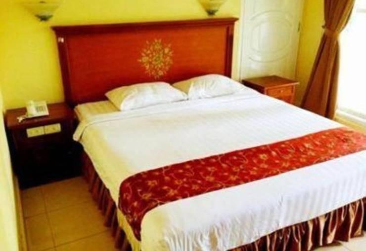 Hotel Centrum Bangka - room