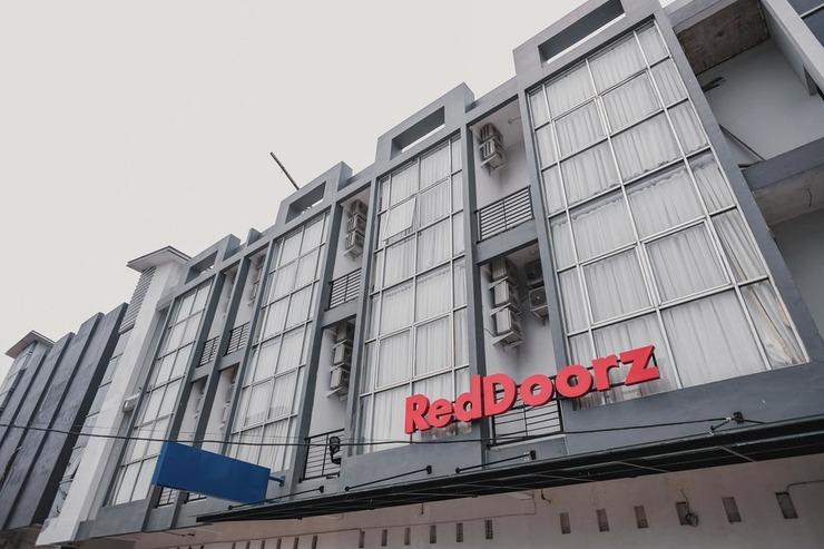 RedDoorz @ Jalan Sukabangun 2 Palembang Palembang - Photo