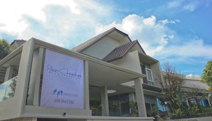 Rose Chamber Bed & Breakfast Bandung - Exterior