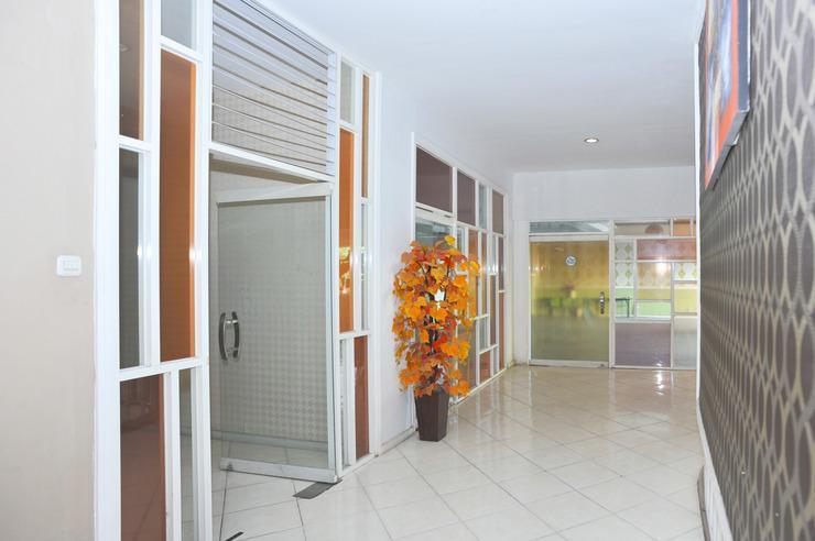 Airy Seminyak Sunset Road 89 Bali - Lobby