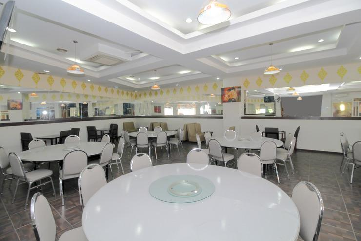 Airy Seminyak Sunset Road 89 Bali - Restaurant
