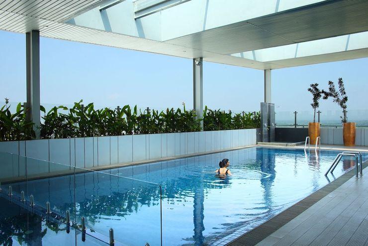 Hotel Santika Premiere ICE BSD City - Pool
