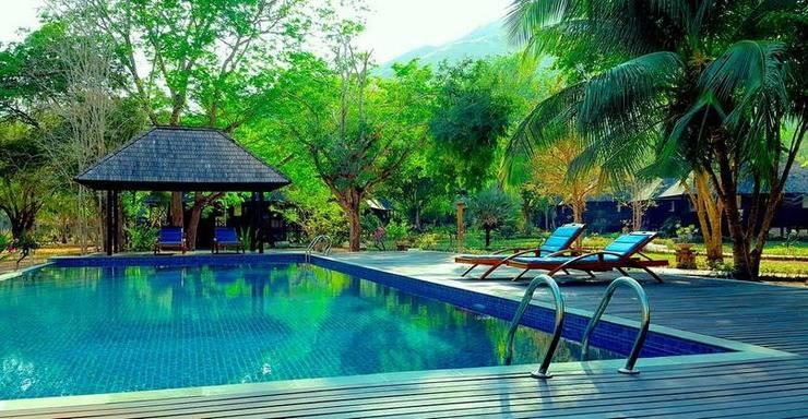 Puri Komodo Resort Flores - POOL