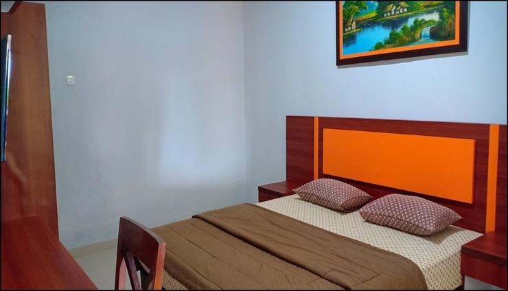 Learnotel Bogor - room